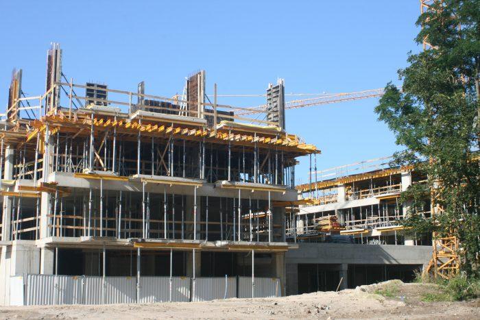 Zaprzestanie realizacji robót budowlanych ze względu na siłę wyższą – epidemię